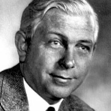 Charles H Hollenberg, OC MD FRSC